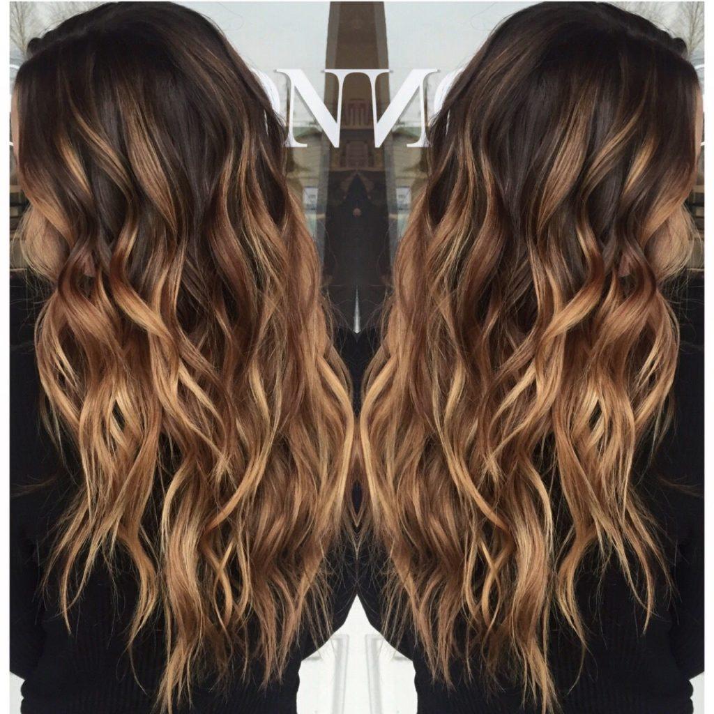 Long Balayage Hairstyles trends 2020 Balayage wavy caramel 1