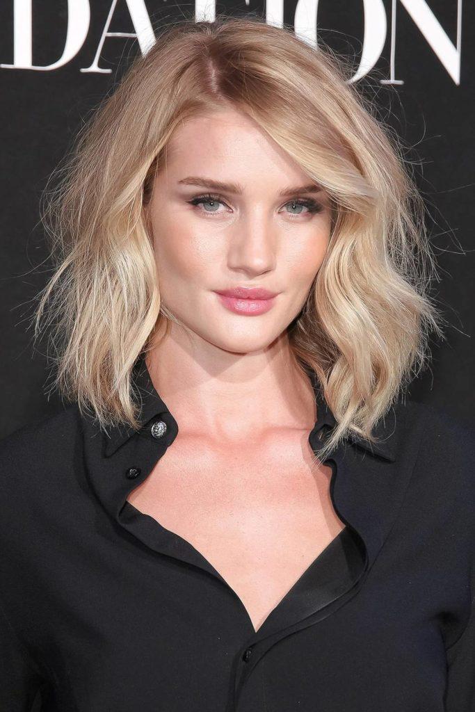 Long Bob Haircutstrends 2020 Wavy Blonde Hair Hollywood Actress 2