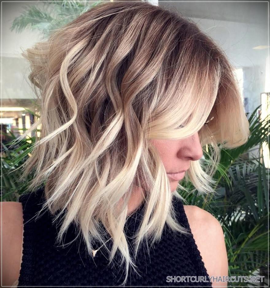 Long Bob Haircutstrends 2020 gray balayage Wavy Hair 2