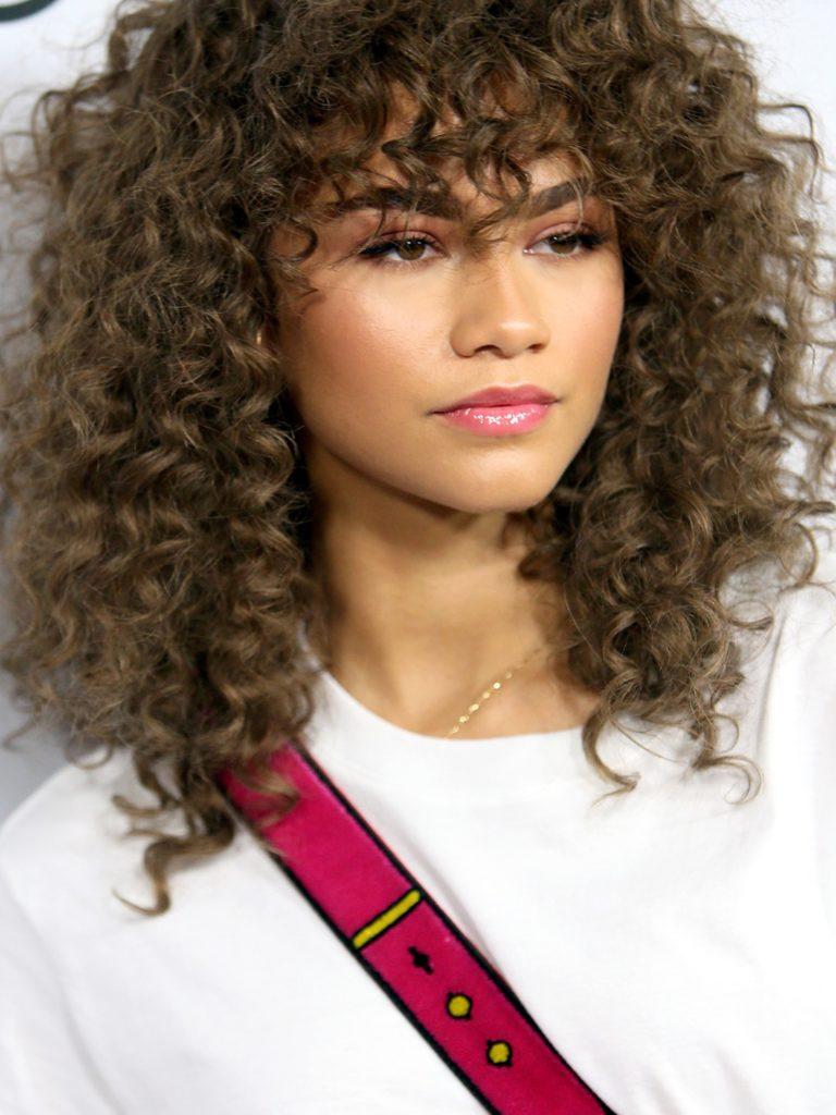 Spiral Curly bangs