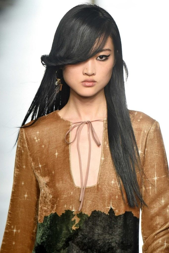 Long black hairstyle for square face