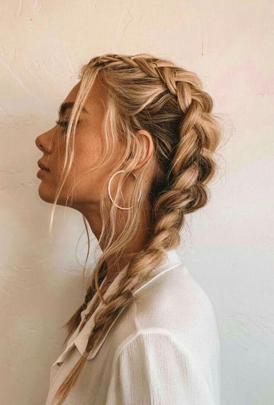 square-face-haircut-braid