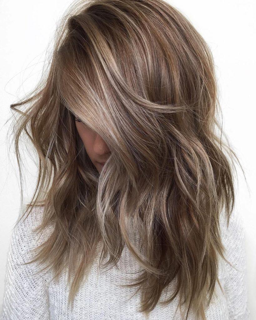 Medium Balayage Hairstyles trends 2020 1298
