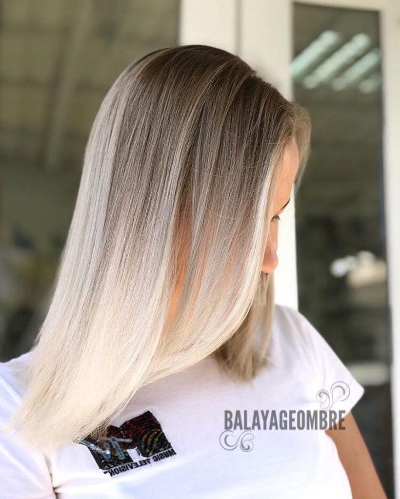 Medium Balayage Hairstyles trends 2020 Platinum Bonde Color Highlights