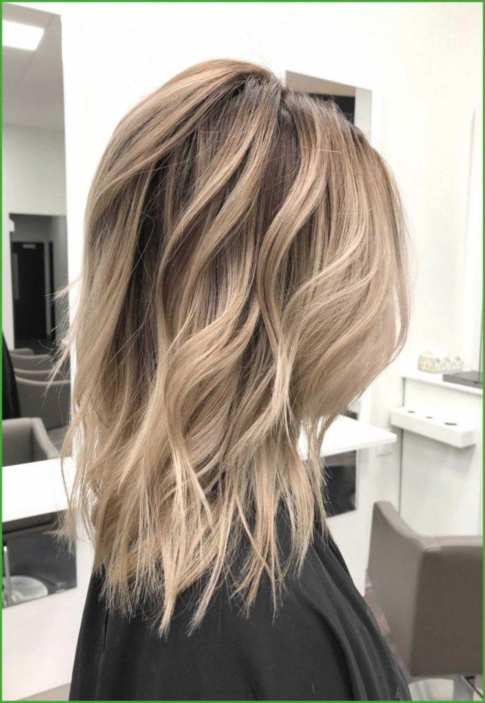 Medium Balayage Hairstyles trends 2020 White wavy hairstyle