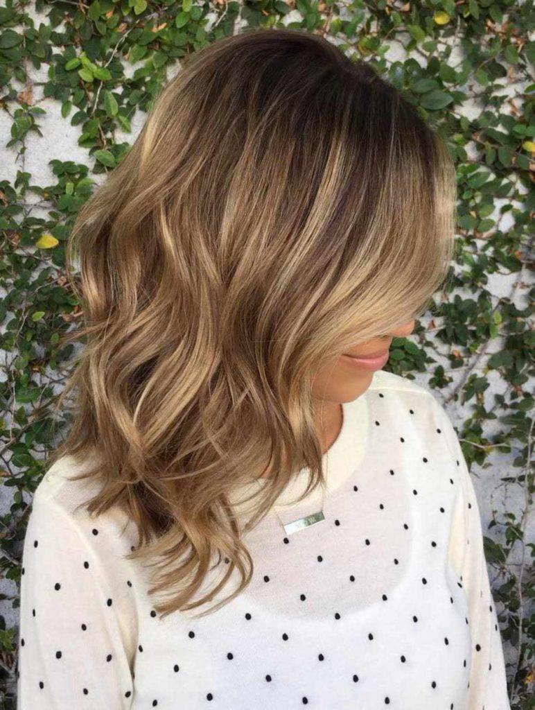 Medium Balayage Hairstyles trends 2020 blonde