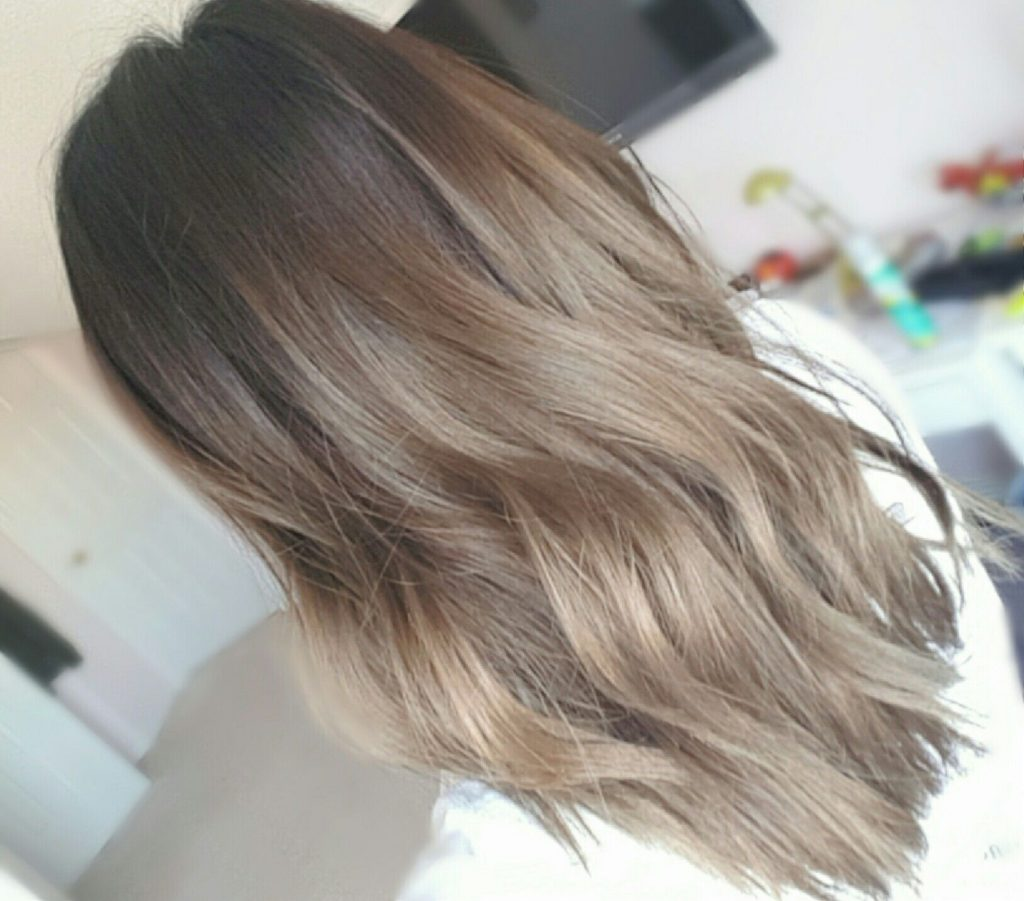 Medium Balayage Hairstyles trends 2020 gray color