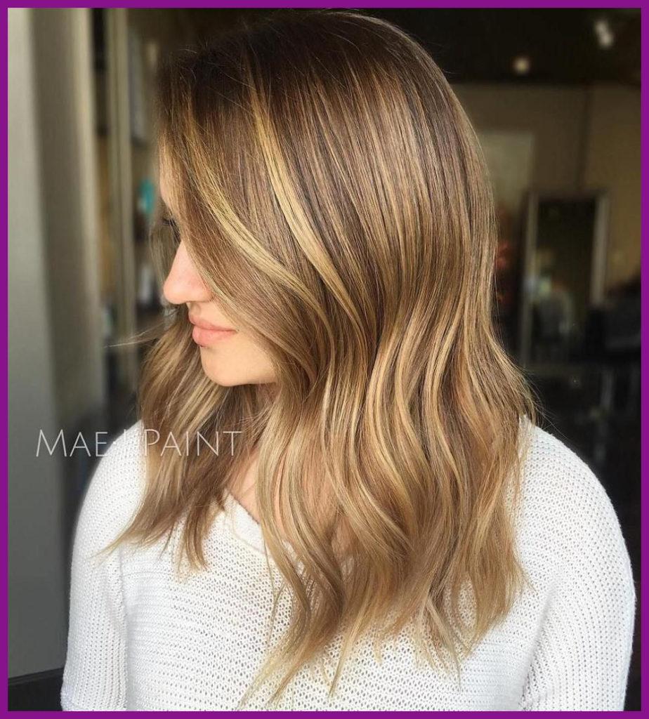 Medium Balayage Hairstyles trends 2020 straight blonde thick hair