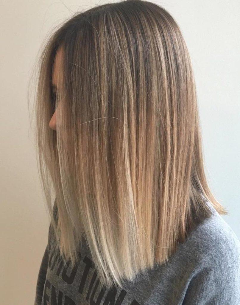 Medium Teens Haircuts trends 2020 straight hair half up half down 4
