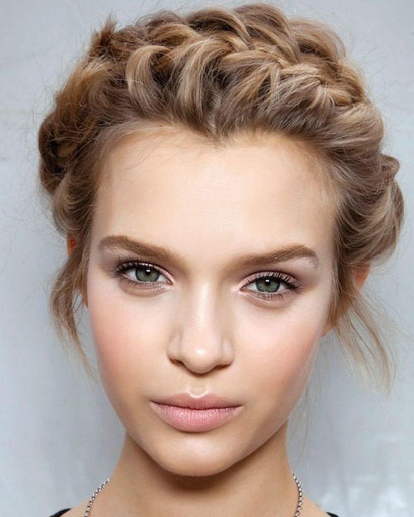 Medium braided hairstyles trends 2020 Dutch