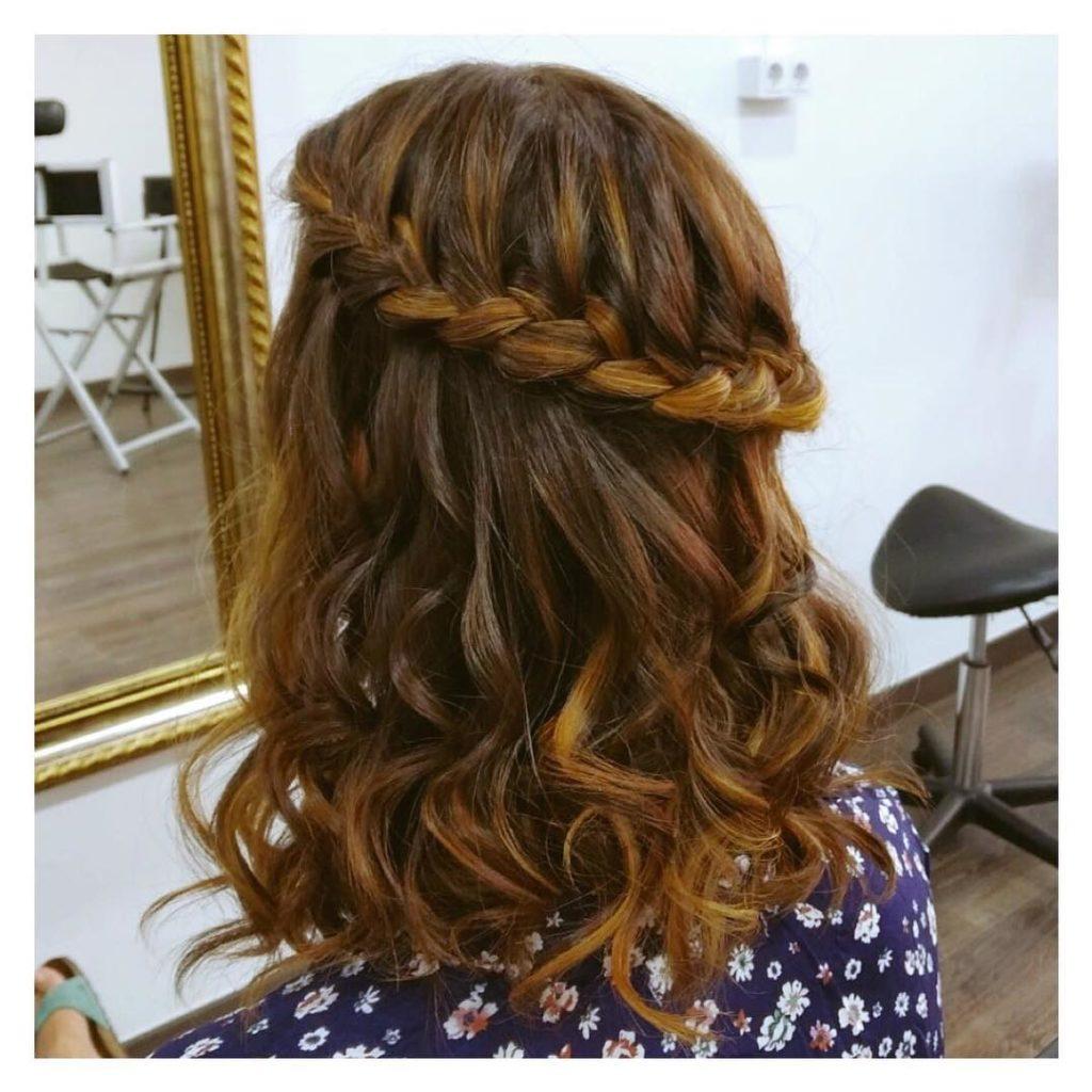 Medium braided hairstyles trends 2020 dutch braid 3