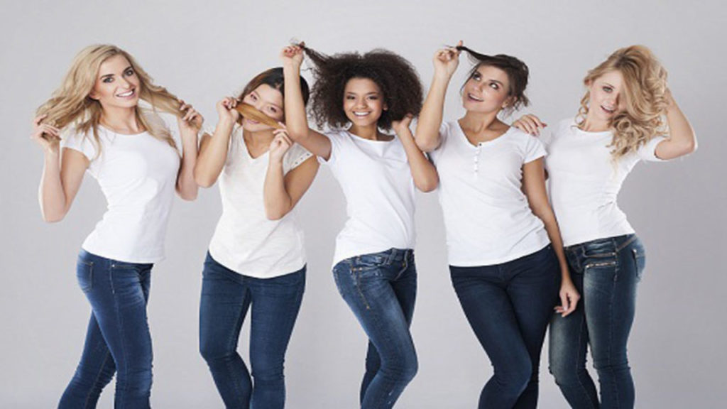 Medium women Over 50 ans Haircuts trends 2020 2624 1