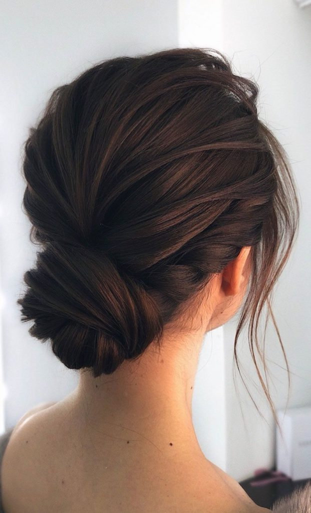 long Dark Color Staight hairstyles-for-weddings-for-bridesmaidstrends_2020