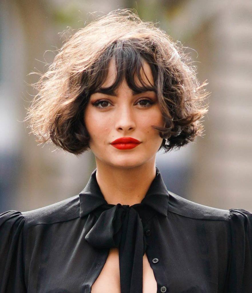 short Balayage Hairstyles trends 2020 bangs 1