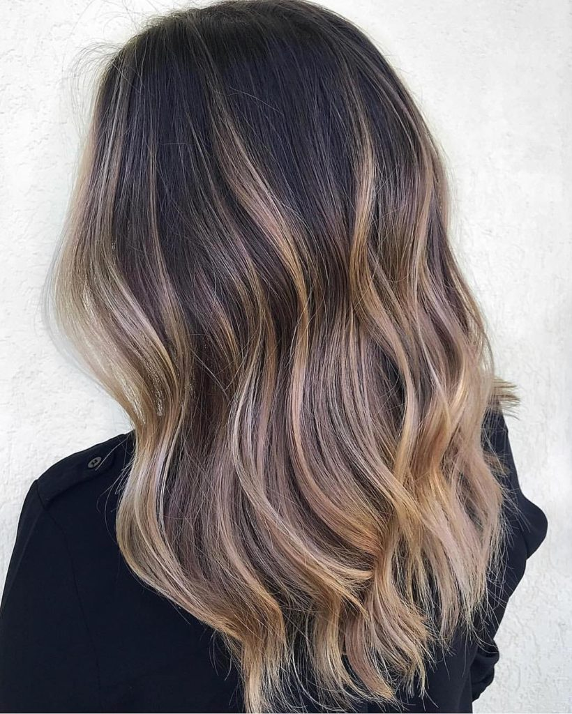 Long Highlights Hairstyles trends 2020 caramel color 1
