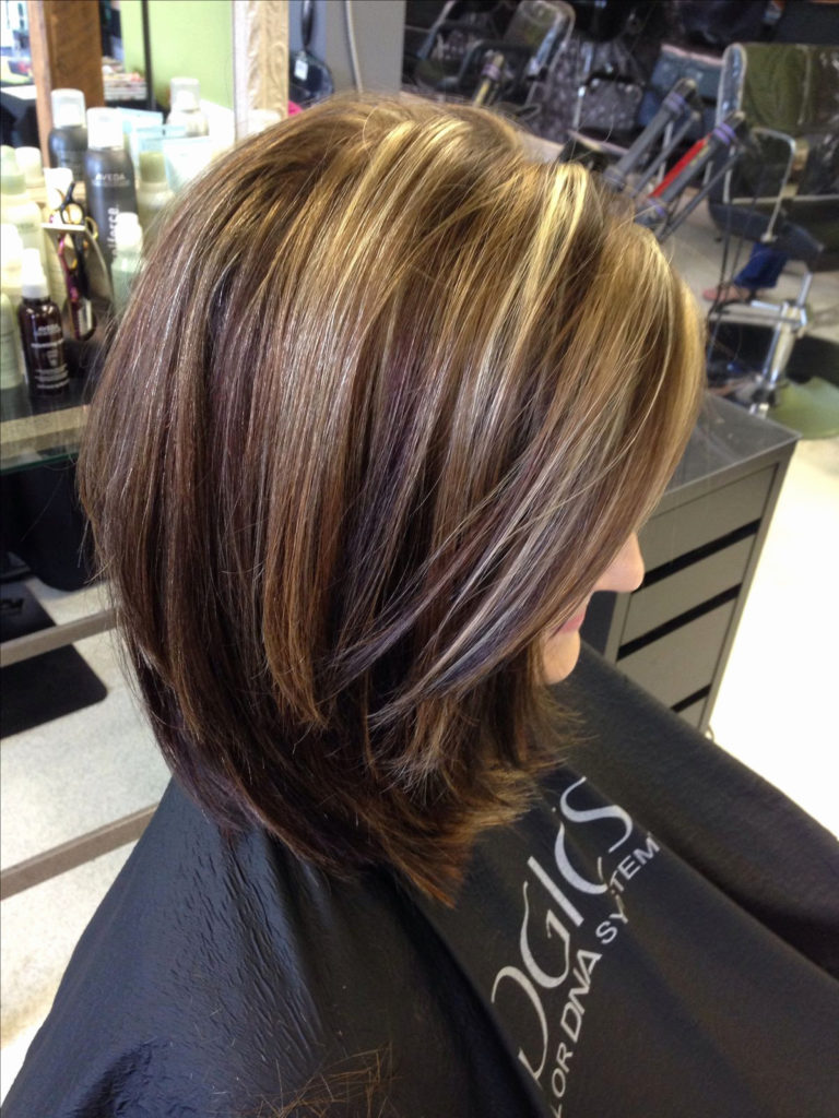 Long Highlights Hairstyles trends 2020 chestnut blonde 1