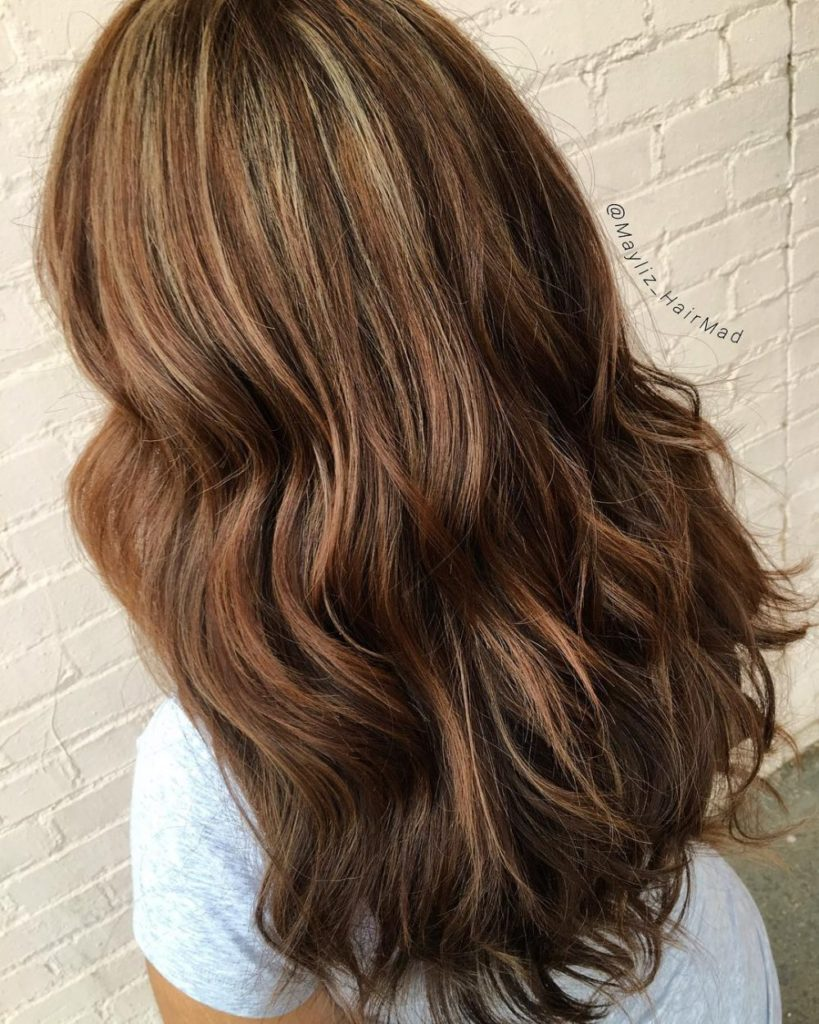Long Highlights Hairstyles trends 2020 golden beige brown 1