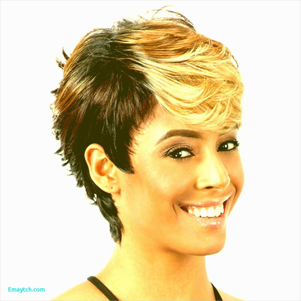 Long Pixie Haircuts trends 2020 Half Black Half Blonde 1