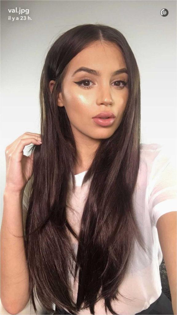 Long Shag Haircuts trends 2020 brunette