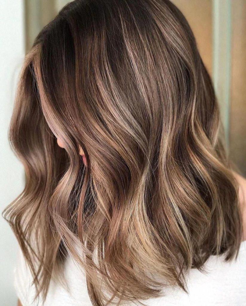 Medium Balayage Hairstyles trends 2020 Caramel Ash Blonde color