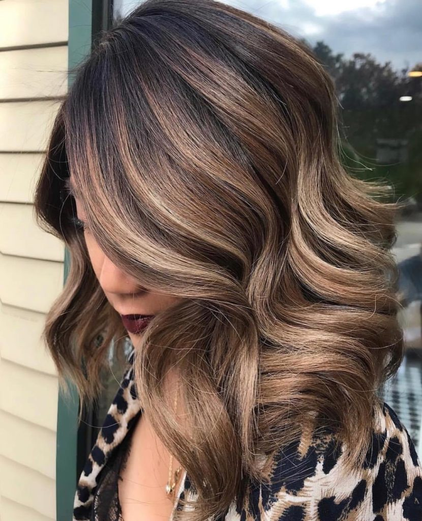 Medium Balayage Hairstyles trends 2020 ash blonde color waves