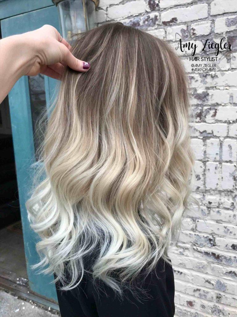 Medium Highlights Hairstyles trends 2020 ash blonde waves 3