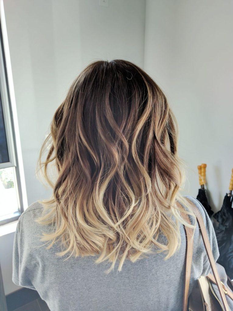 Medium Highlights Hairstyles trends 2020 blonde gradient 3