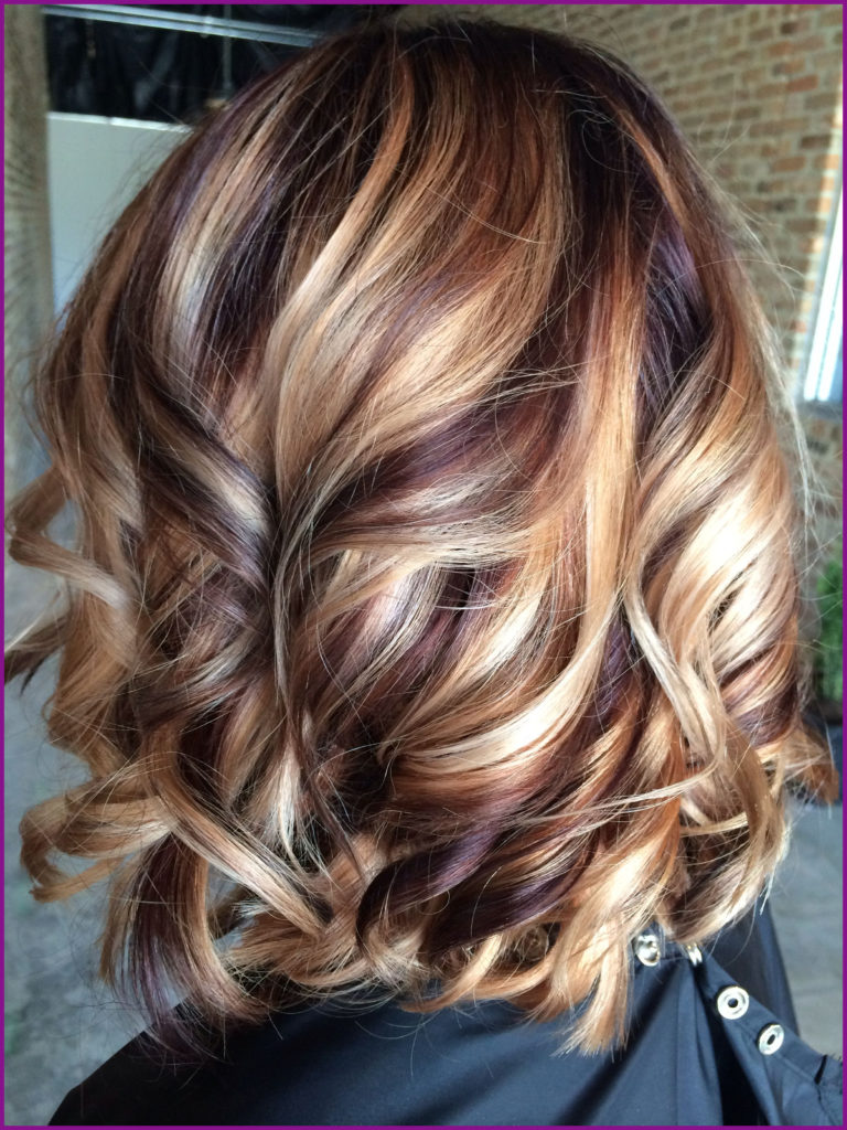 Medium Highlights Hairstyles trends 2020 chestnut brown color 3