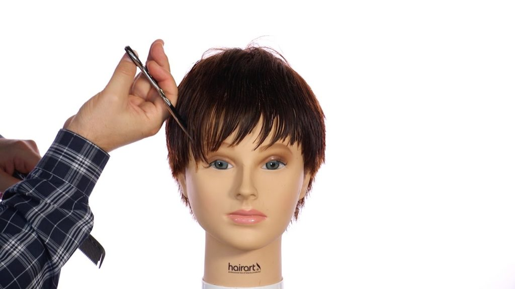 Medium Pixie Haircuts trends 2020 Brown bangs 3