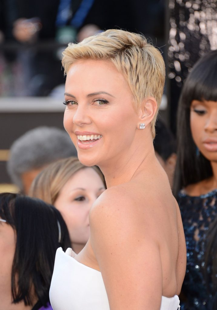 Medium Pixie Haircuts trends 2020 blonde pixie 3