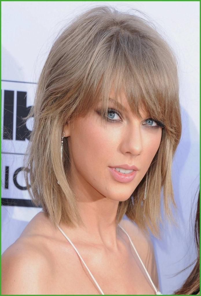 Medium Shag Haircuts trends 2020 taylor swift pure diamnd color with bang