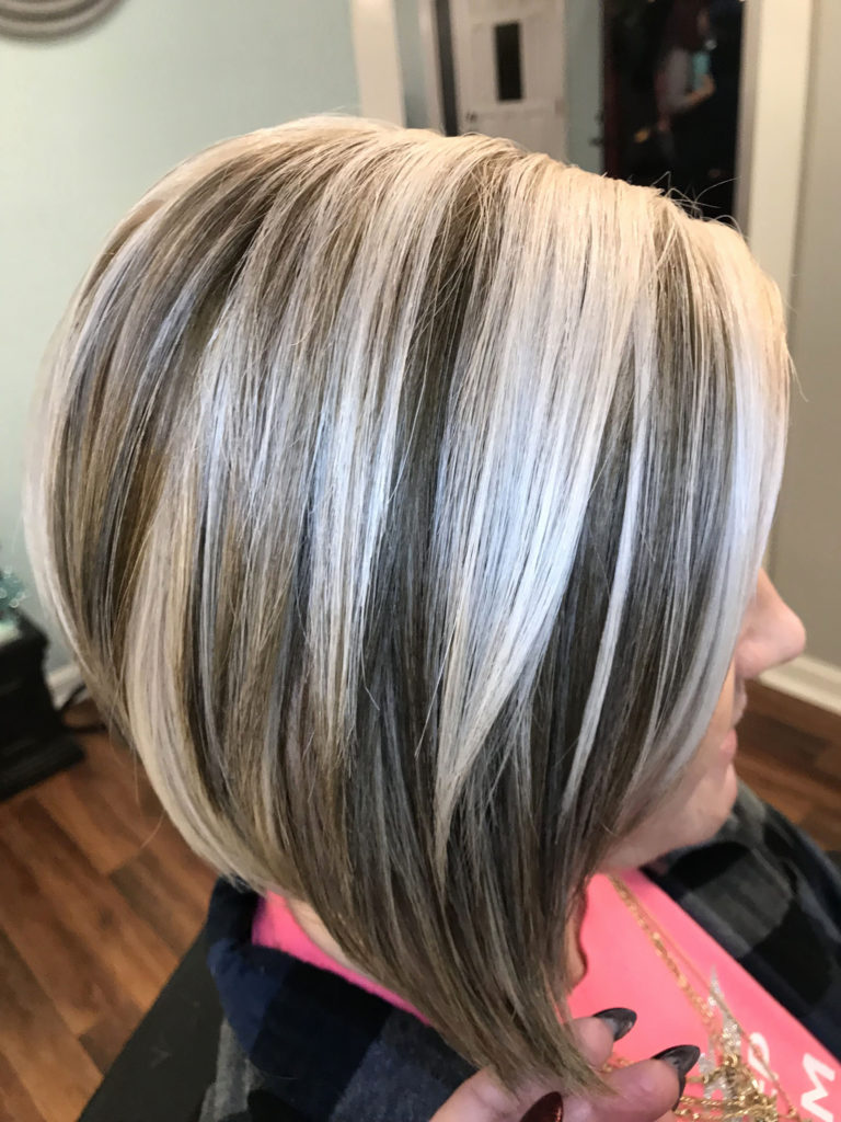 Short Highlights Hairstyles trends 2020 ash brown