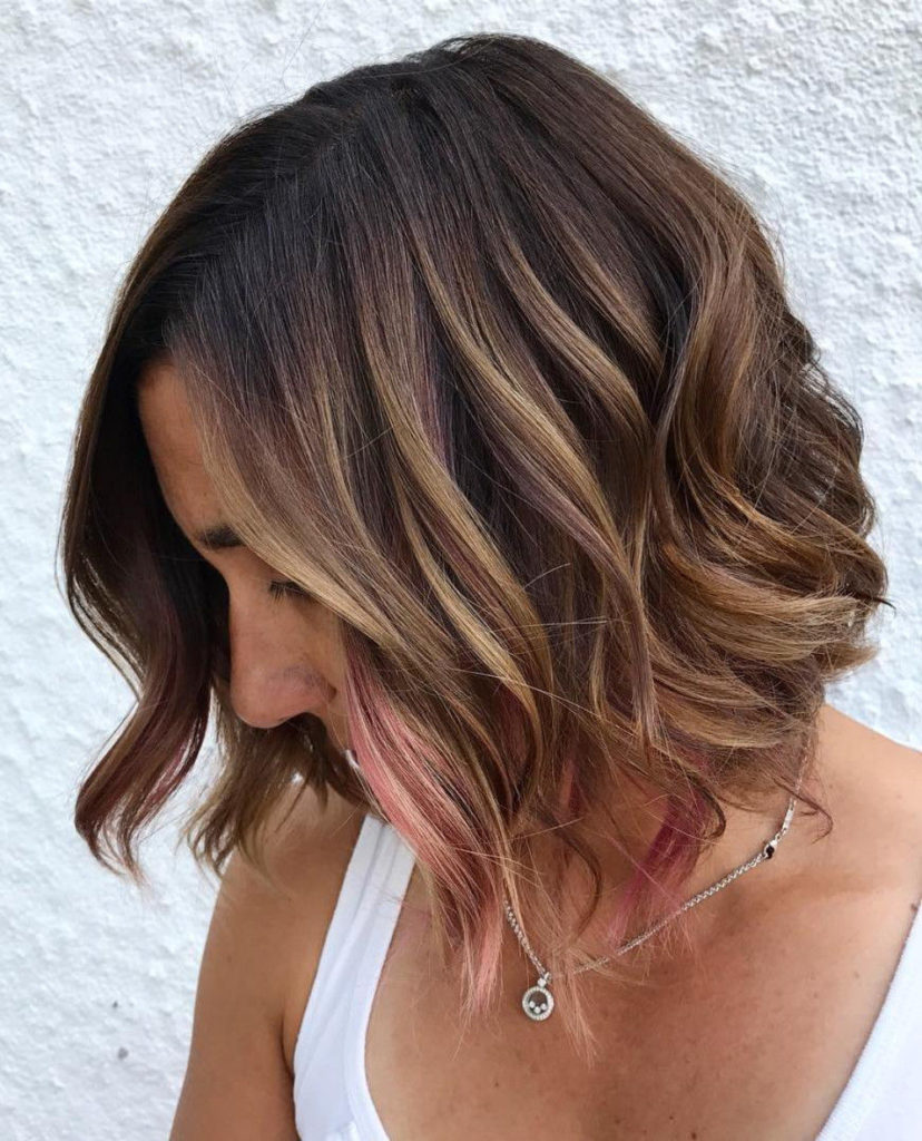 Short Highlights Hairstyles trends 2020 curly caramel blonde hair color