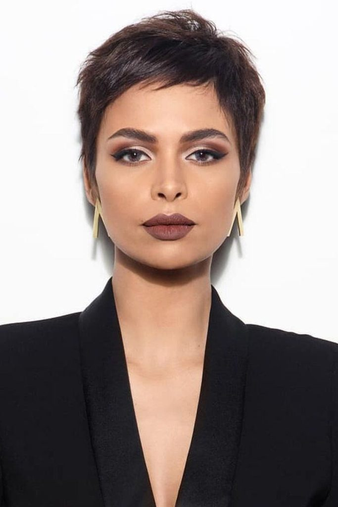 Short Pixie Haircuts trends 2020 chocolate