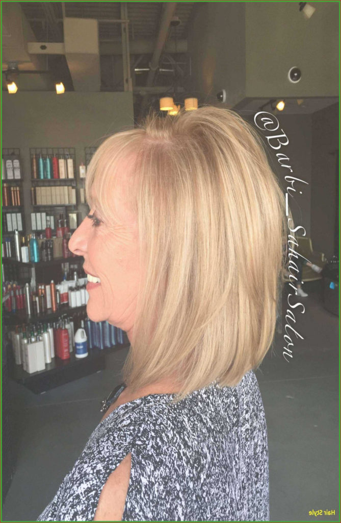 Short Shag Haircuts trends 2020 Blond
