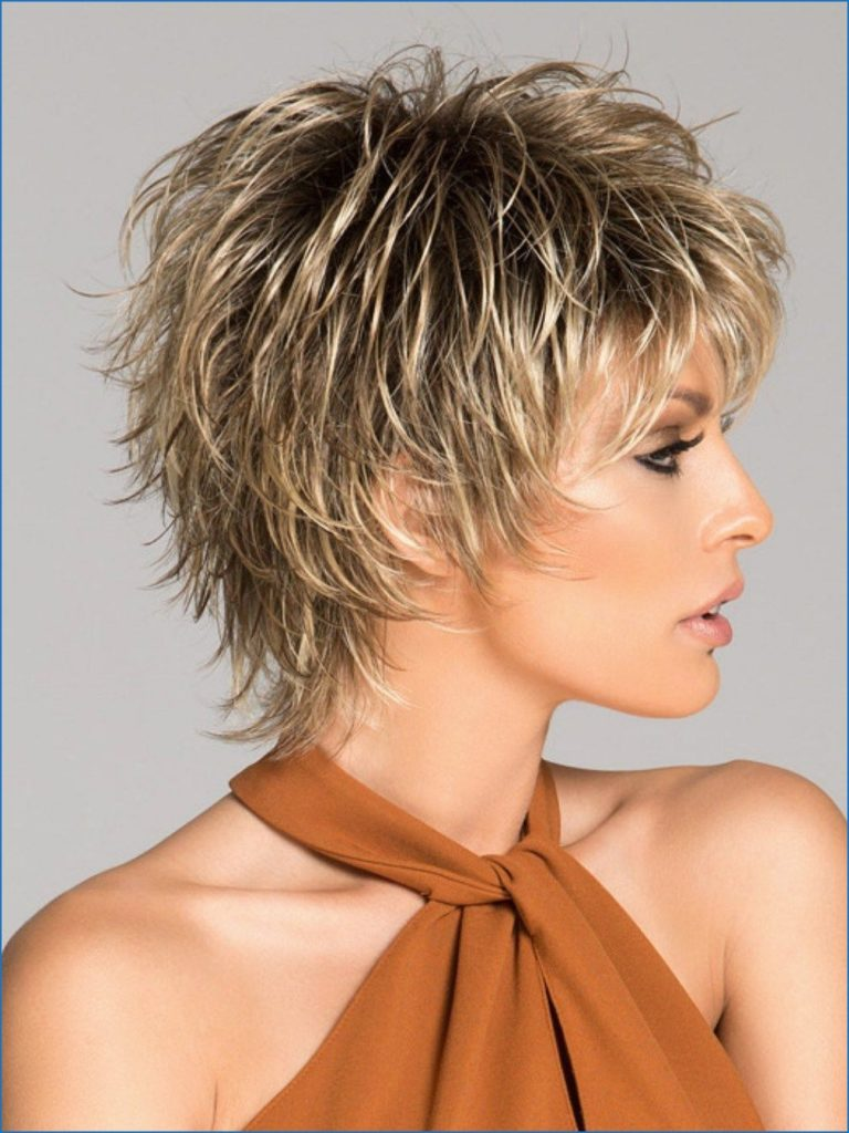 Short Shag Haircuts trends 2020 Blond Choppy layered Hairstyle 1