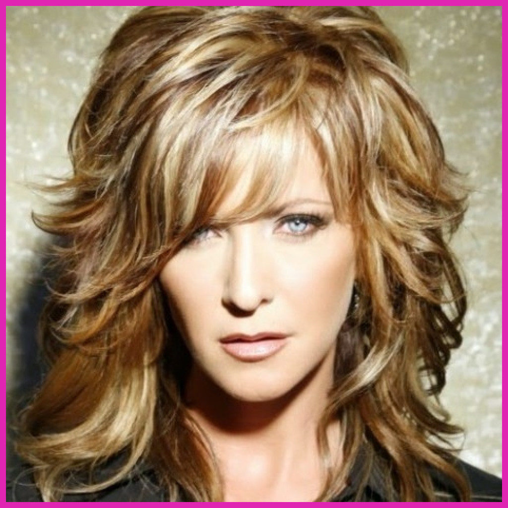 Short Shag Haircuts trends 2020 Blond Choppy layered Hairstyle