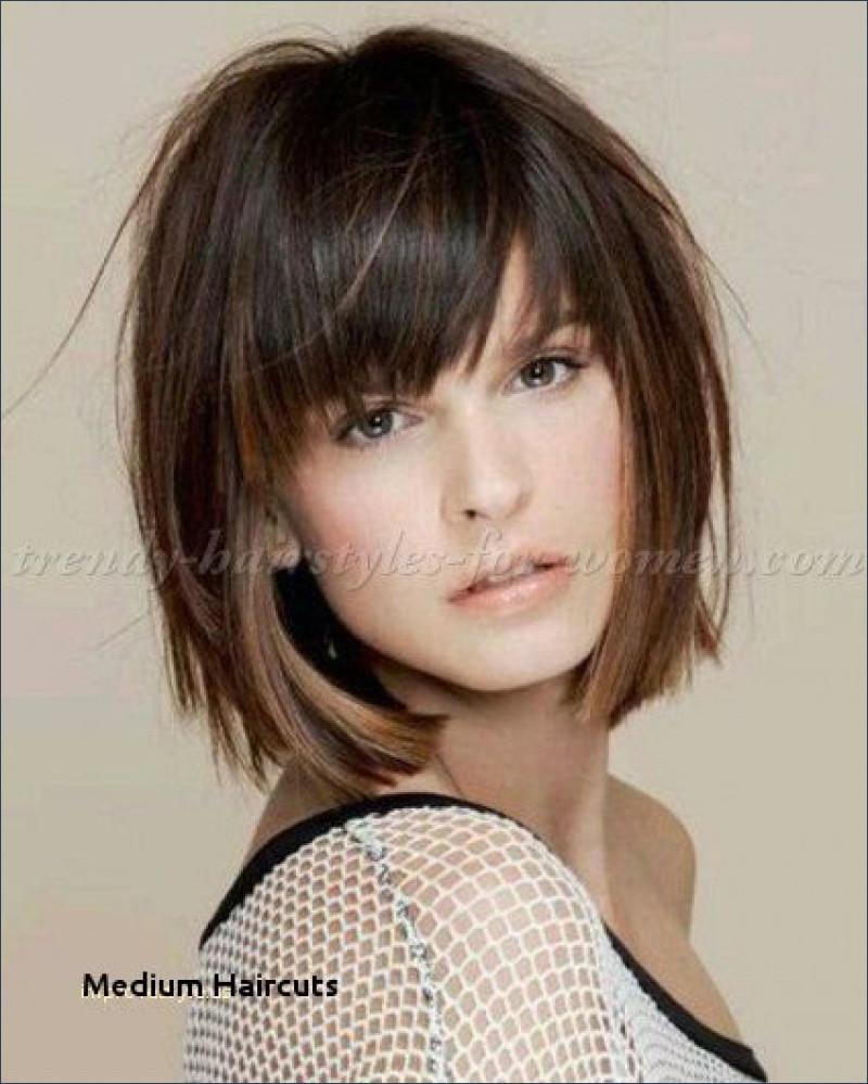 Short Shag Haircuts trends 2020 Chocolate brown choppy layered bang hairstyle