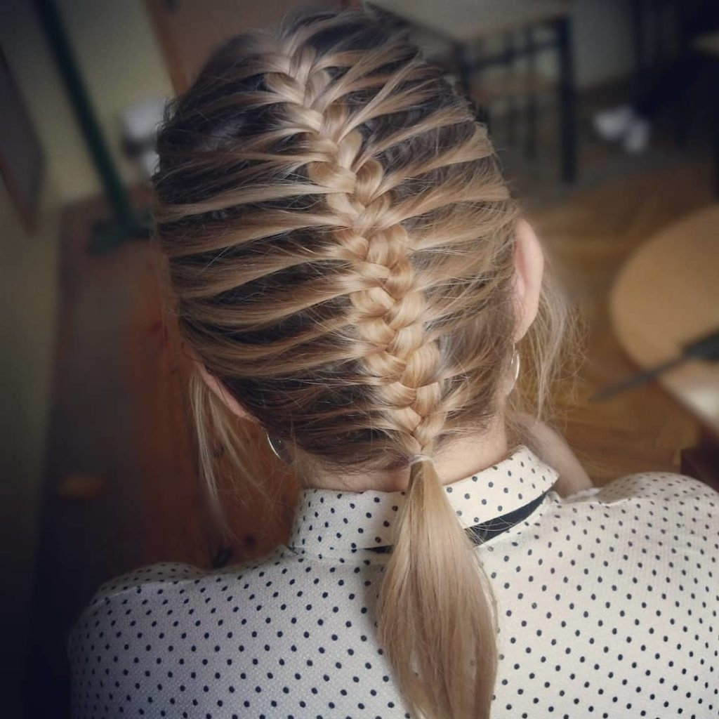 Short braided hairstyles trends 2020 fishtail braid 1