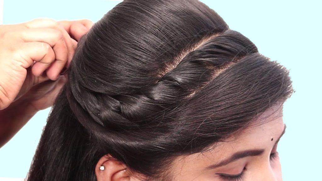 Short braided hairstyles trends 2020 front braid 1