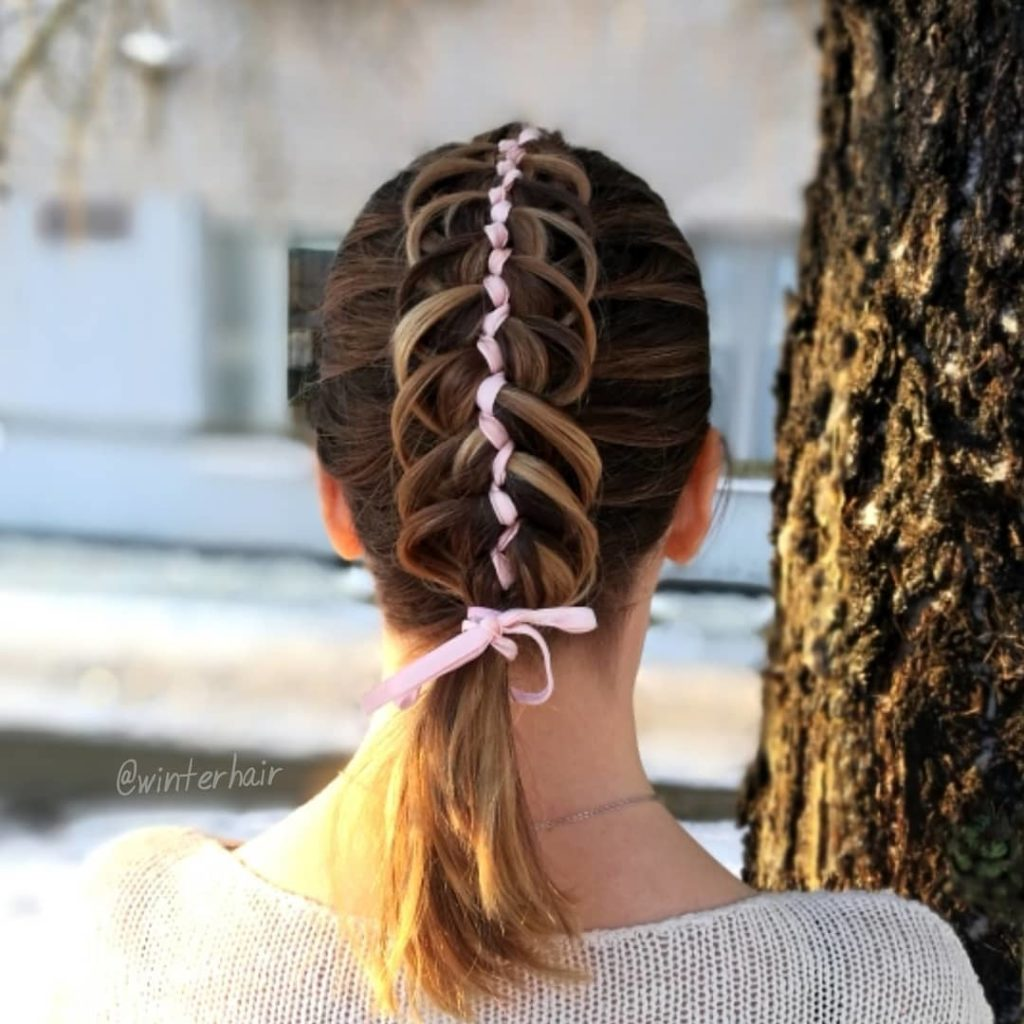 short braided hairstyles trends 2020 reverse fishtail 1