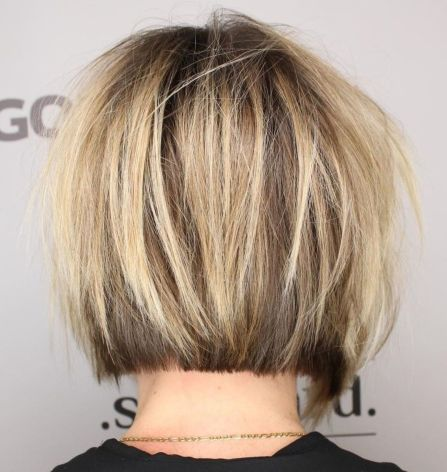 Blunt Bob with Messy Surface Layers