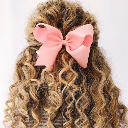 Bow Hairstyles for Curls
