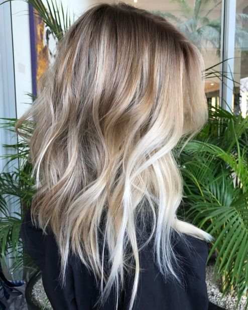Caramel and Blonde Blend for Messy Layers