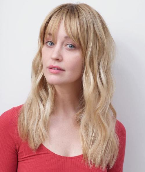 Casual Bright Waves with Bangs