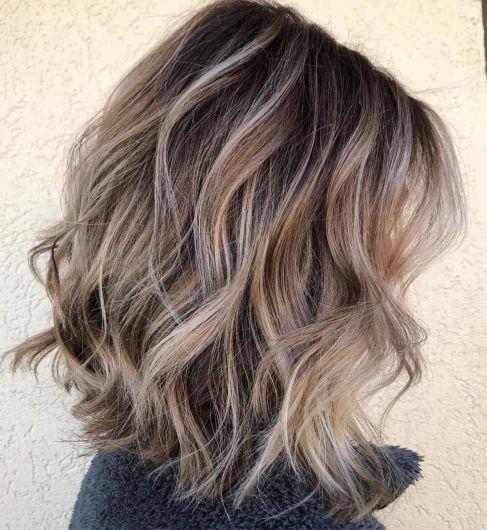 Curly Messy Bronde Lob 1