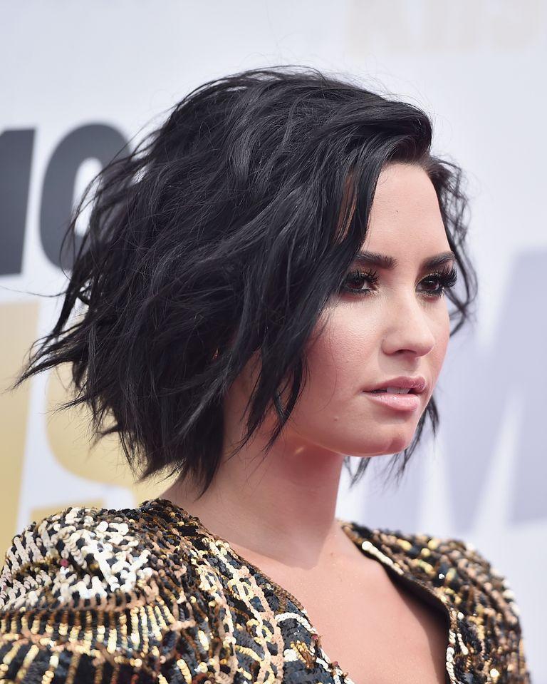 Haircuts For Short Hair Demi Lovato