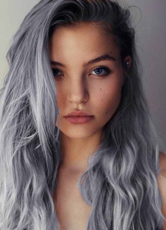 Hairstyle for Long Silver Grey Hair