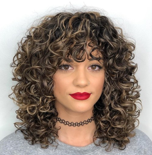 Hairstyles and Haircuts for Naturally Curly Hair in 2020