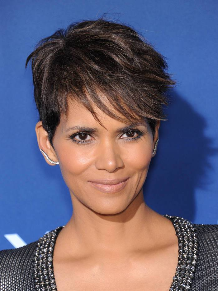 Halle Berry Catwoman Haircut For Short Brown Hair